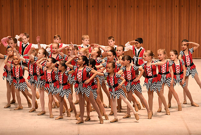 Lindfield Public School Infants Show Troupe